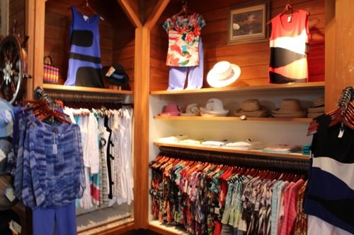 Men's and Women's clothing, Men's Clothing stores Naples, Women's clothing stores in Naples, Women's clothing boutiques Naples, Women's gifts and accessories, Women's Gift Accessories in Naples FL, Naples modern Fashions, Naples Men's Clothing Store, Women's Fashions in Naples FL