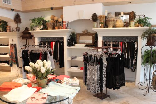 Naples Casual Women's Clothing, Casual Clothing Naples FL, Woman's Clothing Boutique Naples, Women's Fine Fashions, Woman's Fine Fashions Naples, Naples Woman's Clothing stores, Woman's Clothing boutiques in Naples, Women's gift stores in Naples
