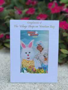 Free Photos, Photo Booth Naples, Holiday Events Naples, The Village Shops on Venetian Bay Events